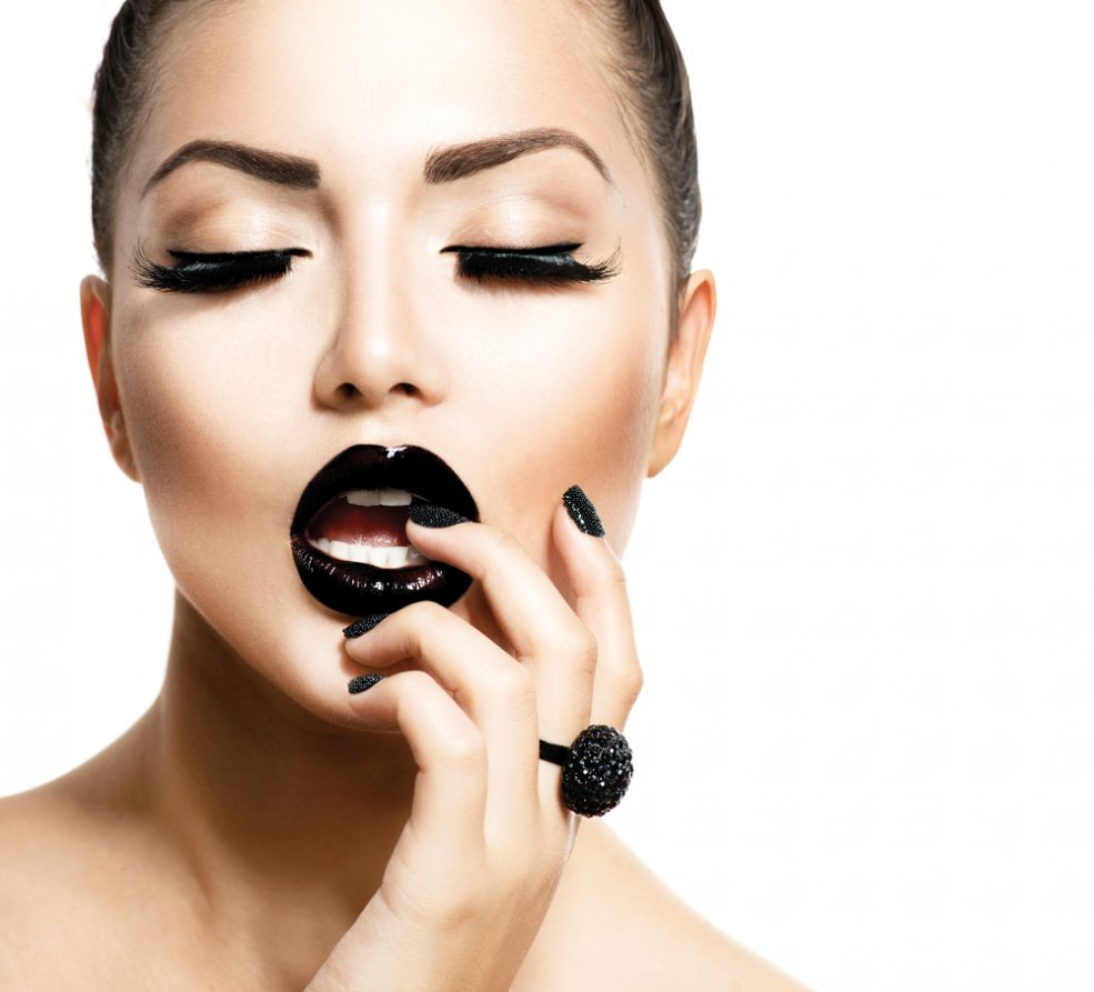 Go Glamorous (Make-Up) Workshop in Sharjah - Coming Soon in UAE, comingsoon.ae