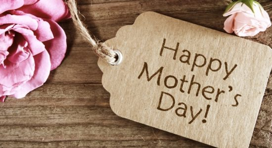 Mother's Day in the UAE – memory, respect and love for mothers - comingsoon.ae